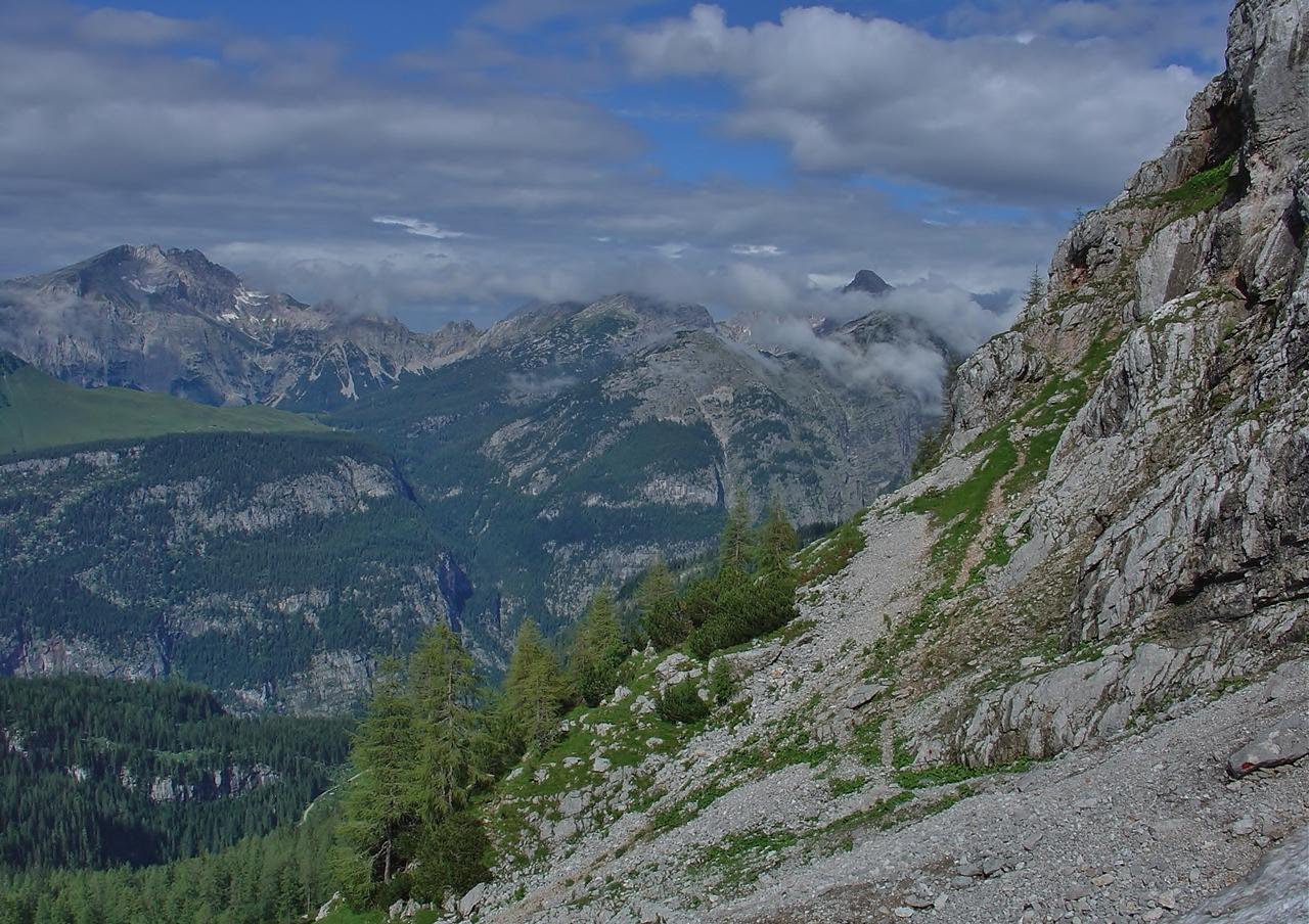 Steig von der Hainfeldscharte unterhalb der Mitterhorn-Nordwand